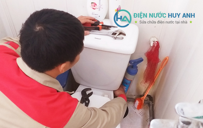 Thợ sửa chữa điện nước tại Hà Đông