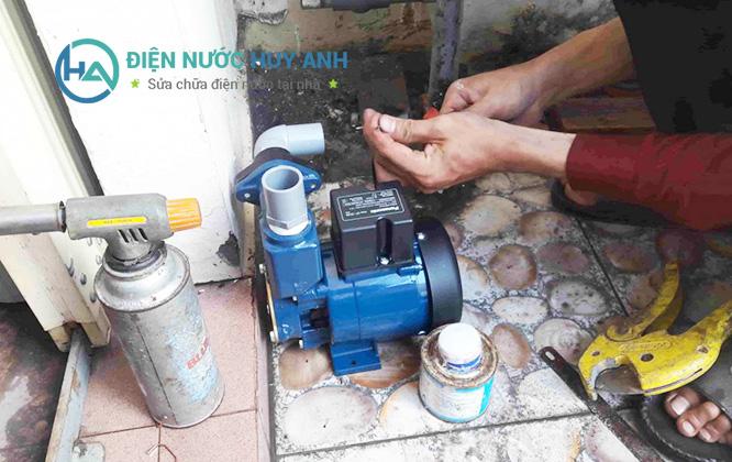 Thợ sửa chữa điện nước tại Hoàng Mai