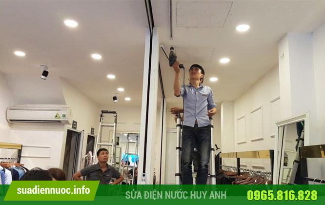 Dịch vụ lắp đặt đèn LED, đèn chiếu sáng của Điện nước Huy Anh