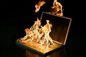 """Đừng bao giờ để máy tính của bạn """"quá nóng"""""""