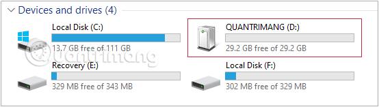 Kiểm tra xem tên ổ USB